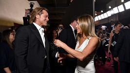 Fanoušci šílí z Brada a Jennifer...