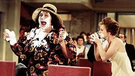 Což takhle dát si špenát (1977) patří ke slavným Vorlíčkovým komediím.