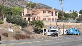 U domu Mirandy Kerr došlo ke krvavému incidentu.