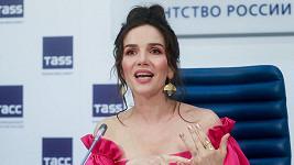 Natalia Oreiro v Moskvě uchvátila mladistvým vzhledem.
