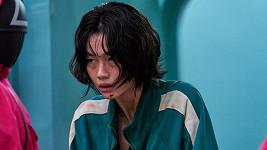 HoYeon Jung jako Kang Sae-byeok ve Hře na oliheň
