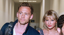 Taylor Swift a Tom Hiddleston
