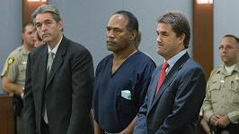 O.J. Simpson se měl ve věznici intimně sblížit s transsexuálním mužem s HIV.