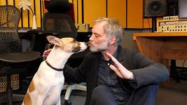 Ivan Trojan namluvil roli psa Gumpa.
