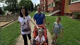 Miluška s dříve nezaměstnaným Přemkem a jejich dětmi