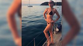 Eva Čerešňáková si užívá na dovolené.