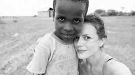 Andrea Růžičková s tanzánským chlapcem