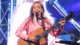 Účast na benefičním koncertě musela Lenka Filipová kvůli nemoci zrušit.