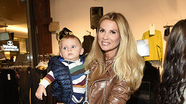 Tereza Vojtková se synem