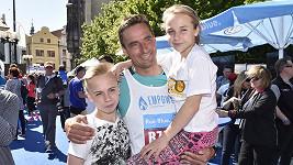 Roman Šebrle s dětmi