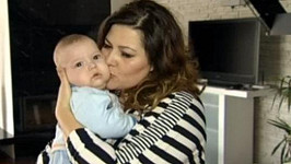 Ilona ukázala syna Dominika