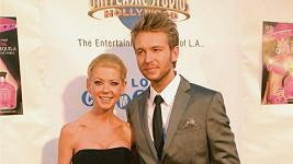 Tara Reid s manželem Michaelem Lillelundem.