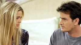 Charlie Sheen a Denise Richards jsou poslední měsíce na nože.