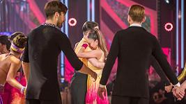 Monika Bagárová se při posledním tanci rozplakala.