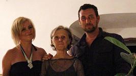 Iveta s Domenicem a jeho maminkou.