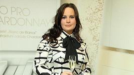 Jitka Čvančarová si nevybrala zrovna slušivou halenku.