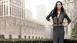 Demi Moore prožívá smutné období, přesto se stala tváří značky Ann Taylor.