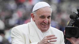 Lajk z papežova oficiálního profilu se objevil pod fotkou brazilské modelky.