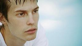 Muži se štíhlým protáhlým obličejem jsou podle nové studie věrnější.
