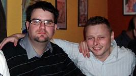 Jarek Šimek s bývalým kamarádem Jakubem Špačkem (vlevo).
