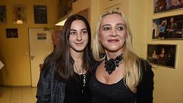 Anastázie Landová s maminkou Mirjam