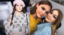 Tvrdíková na módní show Chanel.