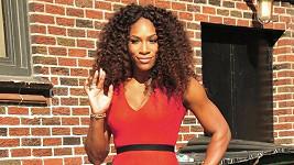 Serena Williams si pro pózování nevybrala nejhezčí pozadí...