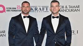 Russell Tovey a Steve Brockman se zasnoubili.