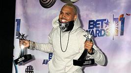 Chris Brown si odnesl čtyři ceny.