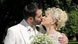 A byla svatba...