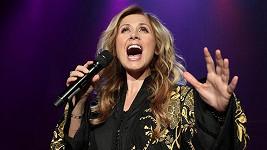 Superhvězda srovnávaná se Céline Dion má zvláštní požadavky.