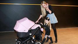 Čerstvá dvojnásobná maminka Lucie Hadačová má záviděníhodnou postavu.