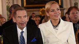 Václav Havel měl údajně před svatbou s Dagmar paralelní vztah.