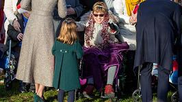 Princezna Charlotte s vozíčkářkou Gemmou v Sandringhamu