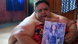 Titi Wati váží neuvěřitelných 350 kilogramů.