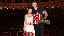 Bílá slaví deset let Carmen a tři roky vztahu.