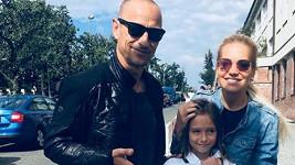 Matěj Homola a Dara Rolins s dcerou Laurou