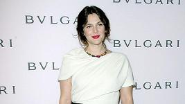 Drew Barrymore se přišla podívat na šperky po Elizabeth Taylor.