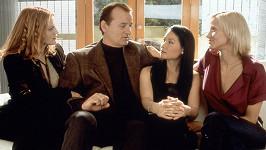 Drew Barrymore, Bill Murray, Lucy Liu a Cameron Diaz v Charlieho andílcích