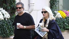 Cynthia a Joseph Germanotta přijeli za dcerou do Paříže.