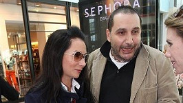 Sandra Nováková s okradeným snoubencem Janem Nejedlým.
