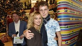 Podpořit jej přišla jeho přítelkyně Lucie Hunčárová.