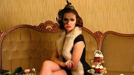 Kamila byla v kratičké mini a se závojíčkem neuvěřitelně sexy.