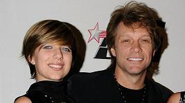Z dcery Stephanie Rose Jon Bon Jovi radost určitě neměl...