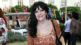 Eva Pilarová chtěla vypadat jako Romka.