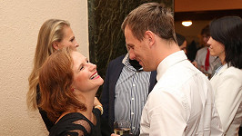 Kristýna Badinková Nováková čeká miminko s manželem Viktorem Badinkou.