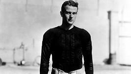 Poznáte hráče fotbalu na fotce z roku 1927?