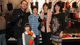 Pepa Polášek s manželkou a dětmi Pavlem, Pepíkem a Alžbetou.