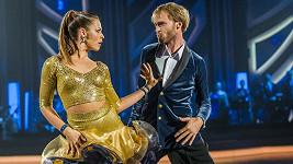 Jakub Vágner tančí s Michaelou Novákovou.