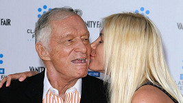 Hugh a jeho bývalá přítelkyně Crystal Harris.